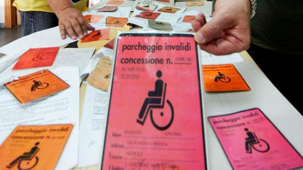 Scoperti 75 falsi invalidi, 4 arresti