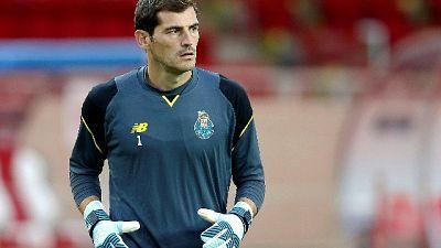 Casillas si allena per 25'