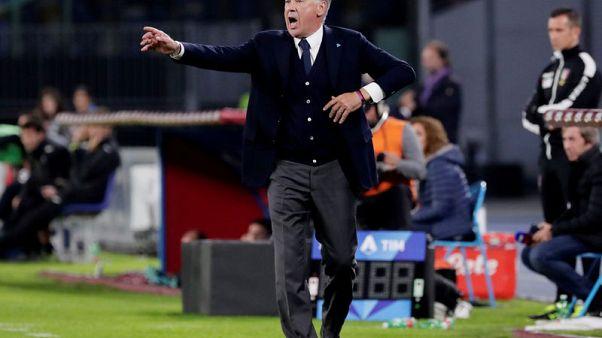 Napoli ordered into training camp, Ancelotti disagrees