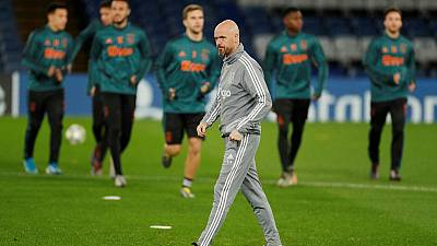 Ajax coach Ten Hag will stay despite Bayern links