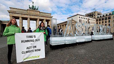 Scientists urge stronger Paris Agreement pledges to curb climate change