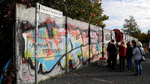 See the Berlin Wall and escape beneath it in new virtual reality show