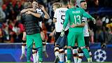 Valencia roar back in second half to thrash Lille