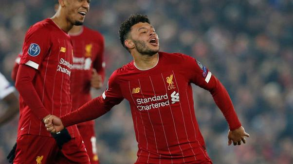 Free-scoring Oxlade-Chamberlain keen to keep improving for Liverpool