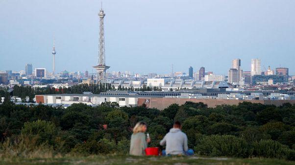 Euro zone economy at risk of contracting in fourth quarter, PMI shows