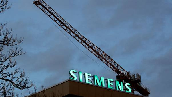 Siemens cautions about tougher 2020 after beating fourth-quarter forecasts