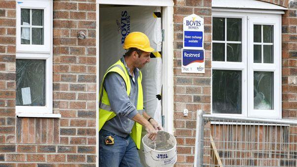 Bovis, Galliford agree housing deal in ailing British market