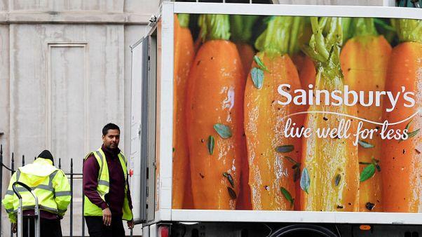 Sainsbury's fears consumer hangover after Christmas splurge