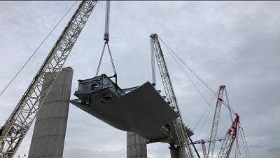 In corso varo 2^ impalcato Ponte Genova