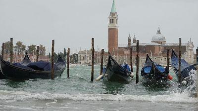 Venezia, massima marea di 110 centimetri