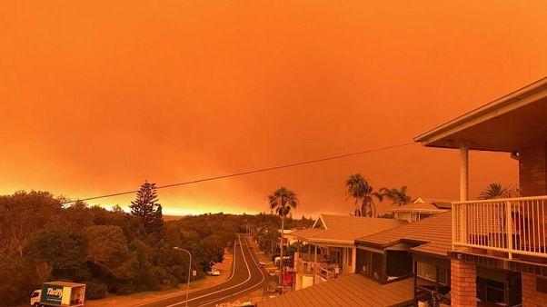Australian bushfires intensify, residents told to leave