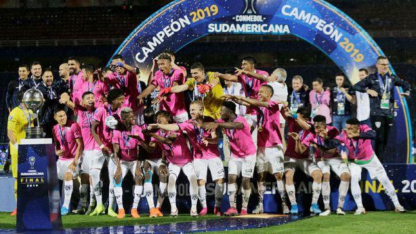 Ecuador's Independiente win rain-interrupted Sudamericana final