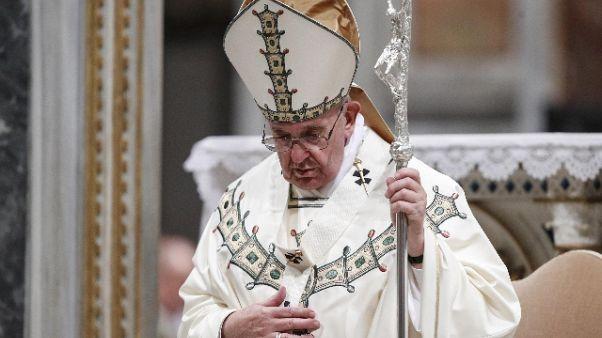Papa: si rispetti dignità lavoratori