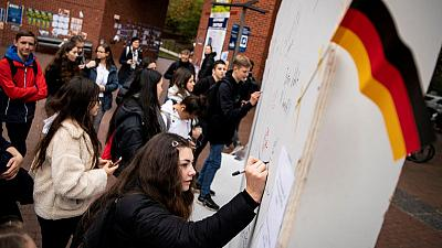 Americans contemplate Berlin Wall's fall, U.S.-German ties at 'Wunderbar Together'