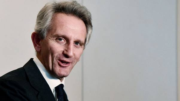 Battle for Mediobanca: Italy's richest man takes on seasoned CEO
