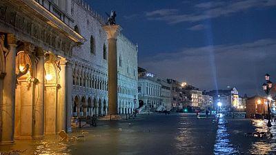 Venezia: emergenza in cdm