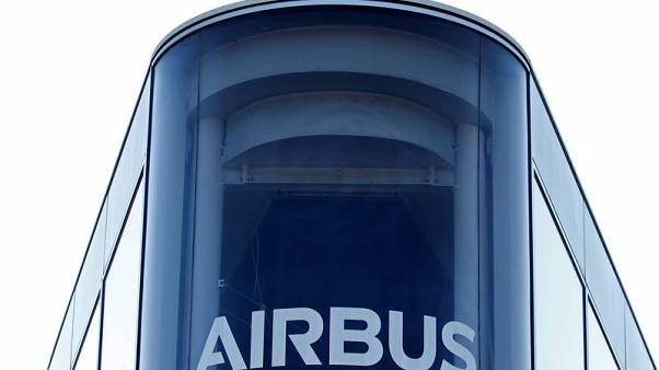 Airbus frontrunner to win big Air Arabia order - sources