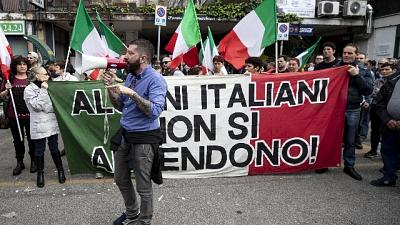 Casa Pound assolta a processo Napoli