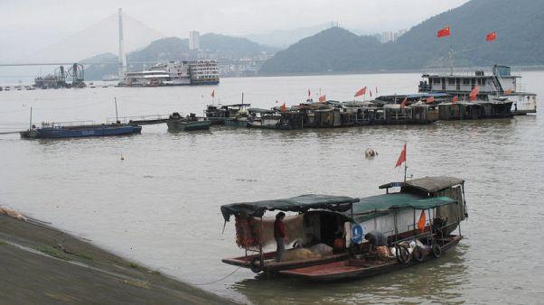 On China's Yangtze river, giant dam's legacy blocks revival