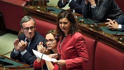 Torna emendamento taglio Iva assorbenti