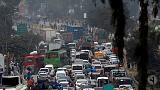 Pakistan protests block roads but fail to oust prime minister
