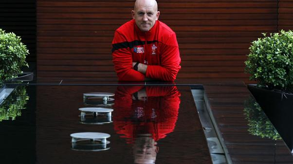 Rugby: Woodward rues France capture of defence coach Edwards