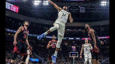 Nba, Bucks vincono ancora, Clippers ko