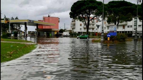 Maltempo:acqua alta a Grado, allagamenti
