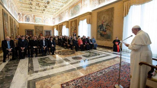 Papa: legittima difesa non aumenti reati