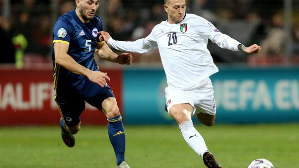 Italy extend perfect record with 3-0 rout of Bosnia
