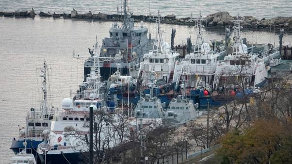 Russia hands back captured naval ships to Ukraine before summit