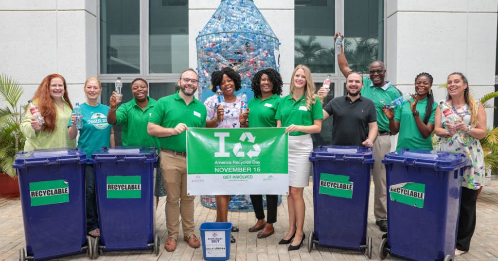 Embassy Abuja participates in America Recycles Day National Campaign - Africanews English
