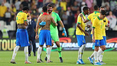 Brazil return to winning ways with 3-0 victory