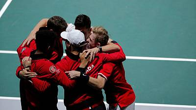 Canada finally beat U.S. to reach Davis Cup last eight