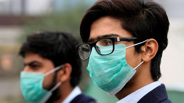 Schools shut in Lahore as city chokes in toxic smog