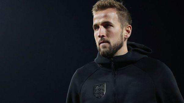 Kane backs 'proven winner' Mourinho to end Spurs title drought