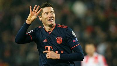 Lewandowski hits four as Bayern crush Red Star
