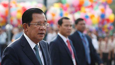 In reversal, Cambodia's Hun Sen offers U.S. new 'bond of friendship'