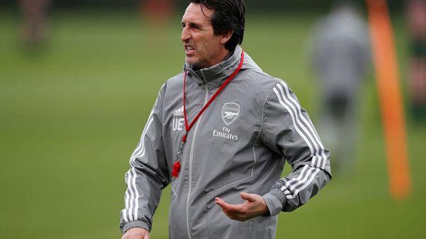 Under-fire Emery seeks fan support in Arsenal's Europa League clash