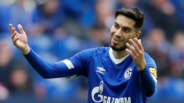 Schalke grab late winner to beat Union and go second