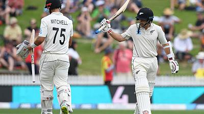 Watling thwarts England again as New Zealand reach 248-5 at lunch