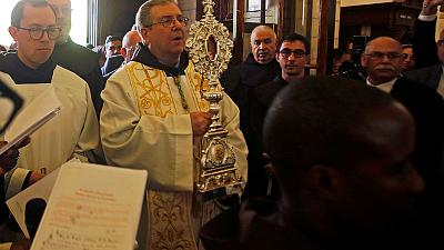 A relic of Jesus' manger, Christmas gift from the pope to Bethlehem