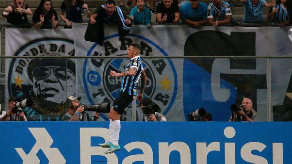 Luciano double helps Gremio to 3-0 triumph over Sao Paulo
