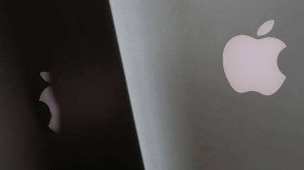 Apple fails to end MacBook 'butterfly' keyboard class action