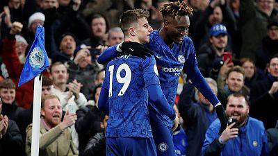 Abraham return helps Chelsea beat Villa