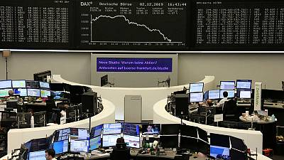 European shares steady on mixed trade signals, luxury stocks steal show