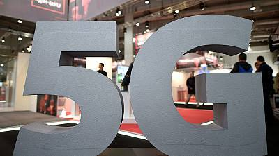 Dutch government sets out plans for auctions of 5G bandwidth