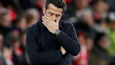 Everton sack manager Silva: reports