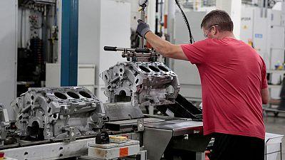 Returning General Motors workers seen boosting U.S. November payrolls