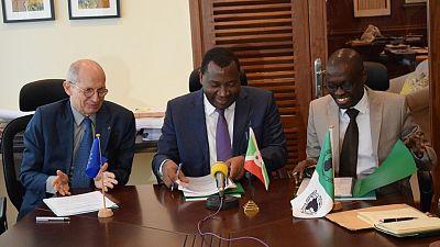 Burundi : la Banque africaine de développement et le gouvernement signent deux accords de 29,7 millions d'euros de dons pour le secteur de l'énergie, sur les ressources mobilisées auprès de l'Union européenne